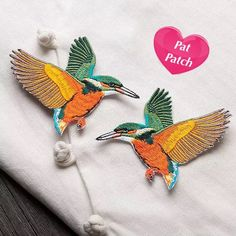 Free Shipping Set of 2 birds Sew On patch Embroidered Patch Applique, DIY Projects Clothing Dressmaking