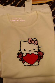 Hello Kitty Great Holiday embroidery design