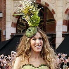 Sarah Jessica Parker wearing a Stephen Jones hat bf6597d6283