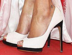 Zoe Saldana wearing Nicholas Kirkwood
