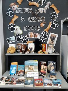 Sniff out a good book School Library Displays, Library Themes, Class Library, Library Books, College Library, Elementary Library, Library Ideas, Dog Books, Animal Books