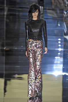 Tom Ford RTW Spring 2015 - Slideshow - Runway, Fashion Week, Fashion Shows, Reviews and Fashion Images - WWD.com
