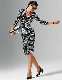 Druckkleid aus Seide und Baumwolle mit tiefem V-Ausschnitt und langen Ärmeln   MADELEINE Mode