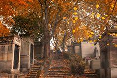 Pere Lachaise cemetery in Paris, France Paris In Autumn, Autumn Cozy, Pere Lachaise Cemetery, Autumn Scenes, Season Of The Witch, Autumn Aesthetic, Best Seasons, Canada, Hello Autumn
