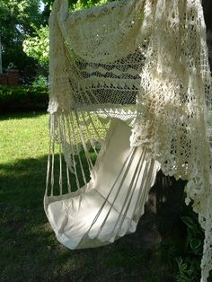 I want this hammock-chair in my garden - love the lacy canopy! by Lady-Gray-Dreams via Tumblr - #Garden #Hammock #Lacy tå√