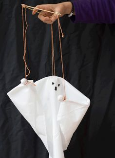 Ghost puppet | Pysse
