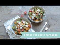 Vandaag gaan we op de gezondere tour. Ik maak een een lauw-warme salade van zoete aardappel. Lekker als lunch of makkelijke maaltijd.