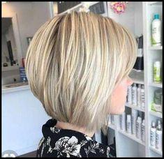 22 Chic Short Bob Haircuts with Highlights for 2019 - Page 13 of 22 - Jenny Baker Choppy Bob Hairstyles, Short Bob Haircuts, Hairstyles 2018, Bob Hairstyles For Fine Hair, New Hair Look, Bobs For Thin Hair, Short Hair Cuts, Hair Trends, Hair Inspiration