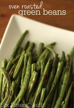 These Oven Roasted Green Beans from SixSistersStuff.com make an easy, delicious side dish!