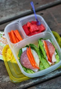 Lunch Made Easy: OVER 25 Gluten Free & Allergy Friendly Lunch Box Ideas Lunch Box Bento, Lunch Snacks, Healthy Snacks, Healthy Eating, Healthy Recipes, Box Lunches, Lunch Boxes, Yummy Recipes, Whats For Lunch