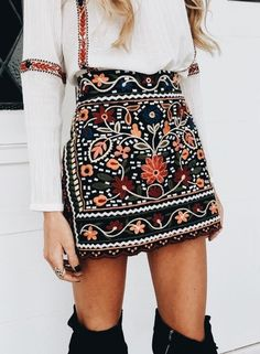 Embroidered skirt | Fall Fashion | trendy skirt for fall | outfit inspiration | over the knee boots