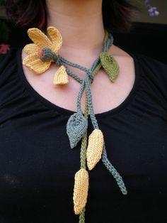PDF Knit Jewelry Flower Pattern  He Loves Me He Loves par OhmayDIY, $6.00