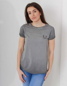 True Religion's grey Boyfriend tee in a cotton and modal mix has slit detail to the shoulders and features silver diamante studs in a horseshoe logo to the left chest. The ladies' t-shirt has short sleeves, a crew neck and an 'informal' hem. Horseshoe Logo, Boyfriend T Shirt, Off Duty, True Religion, Short Sleeves, V Neck, T Shirts For Women, Woman, Grey