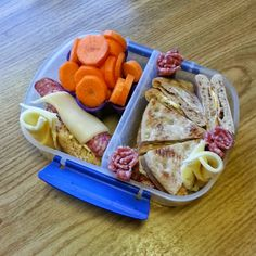 Olgamors finurligheter: Matpakker igjen Food And Drink, Barn, Meat, Chicken, Tips, Room, Bedroom, Converted Barn, Advice