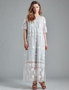 1b2bdcf7cd9 Evelin Brandt Lace maxi dress in Cream Lace Maxi