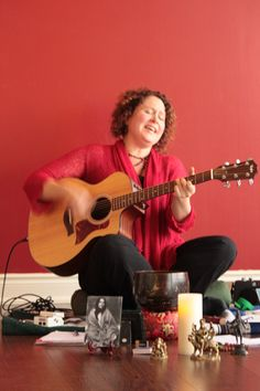 Brenda McMorrow #yoga #chant #kirtan www.balancedlifeyoga.ca  www.yogaville.org