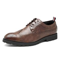 Men's Vintage Carved Brogue Oxfords Lace Up Business Formal Shoes is designed for the formal occasion, more high-quality men formal shoes are on sale. Oxford Shoes Outfit, Men's Shoes, Dress Shoes, Formal Shoes For Men, Men Formal, Shiny Shoes, Black Shoes, Mens Fashion Blog, Men's Fashion