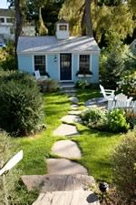 Cottage 13 at Cabot Cove Cottages, a Kennebunkport bed breakfast