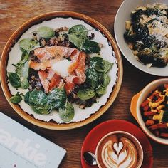 SG50 BRUNCH SITUATION. Everything also SG50. It will be $50 dishes on the menu! From $50 tap water to $50 Aburi Broccoli Salad. NOT. . To the land of good food superb vibes and awesome music: Blk 4 Jalan Bukit Ho Swee 01-164 S(162004). Heritage land x New Blood. Make it happen with us and tear the roof down! Secure a table on @chopesg online or download the app now! Alternatively ring us up at 63773170 or 96714438 for after hours voices. : @gilliansng #sinleefoods #cafe #cafehopping…