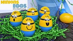 Looking for Easter egg designs and decorating ideas? If you want fun and easy DIY Easter crafts and egg designs this is the list for you! Minion Easter Eggs, Funny Easter Eggs, Easter Egg Dye, Hoppy Easter, Easy Easter Crafts, Egg Crafts, Easter Egg Designs, Cute Diy Projects, Diy Ostern