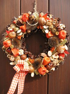 Thanksgiving Wreaths, Fall Wreaths, Christmas Pine Cones, Christmas Wreaths, Seasonal Decor, Fall Decor, Ribbon Embroidery, Yule, Christmas And New Year