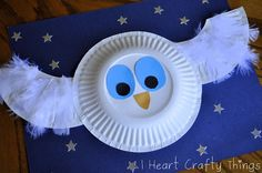 I HEART CRAFTY THINGS: The Little White Owl Craft with the book The Little White Owl by Tracey Corderoy and Jane Chapman.