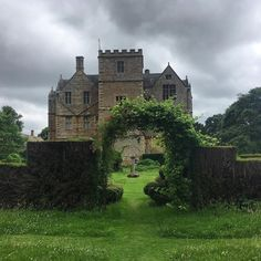 """646 Likes, 11 Comments - Camilla Beresford (@camillaberesford) on Instagram: """"Chastleton House from the east #jacobean #manorhouse #architecture #garden #design #yewhedge #rose…"""""""