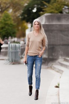 can't fault that. #SarahHarris keeping it simple with her LV booties in Paris.