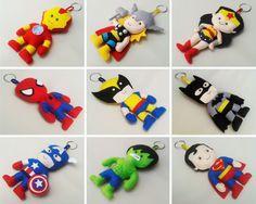 Chaveiros Heróis de feltro com 12cm de altura. Tags: chaveiros, keychains, heros, heróis, feltro, felt, avengers, justice, league, liga, justiça, ironman, homem, ferro, superman, super, homem, wonderwoman, mulher, maravilha, spyderman, aranha, wolverine, capitão, américa, hulk, thor, batman, artesanato, handmade, DIY.