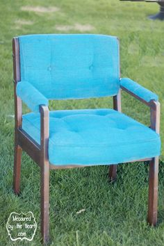 Spray painted chair with Simply Spray Upholstery Paint.