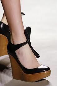Chloe Runway Black Leather Bow Front Platform Wood Wedge Shoes Pumps 35 EU | eBay