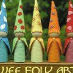Wee Folk Art...free patterns for applique and other crafts.