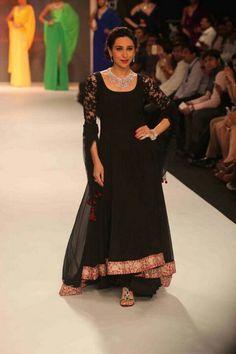 Karishma Kapoor for Manish Malhotra at IIJW