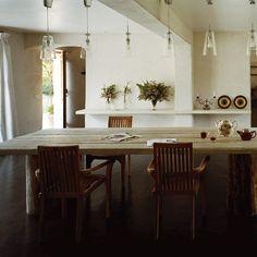 Une salle à manger dans un ancien garage - Marie Claire Maison