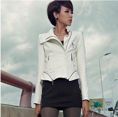 Combinar chaqueta cuero blanca