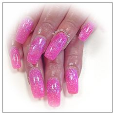 Young Nails glitternails pinkie neon