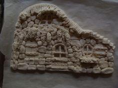 Pâte à sel : Maison en pierre, en cours de réalisation