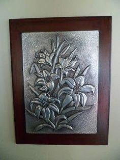 Flores repujado
