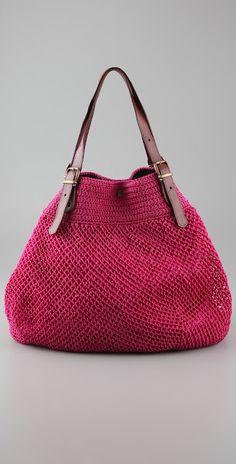 Elliot Mann http://outstandingcrochet.blogspot.com/2012/03/elliot-mann-crochet-bags.html