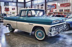 1961 Chevrolet Apache Pickup
