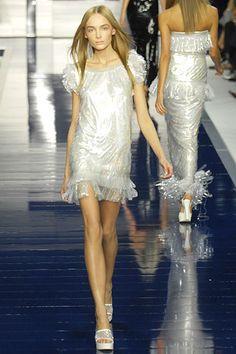 Fendi Spring 2007 Ready-to-Wear Fashion Show - Snejana Onopka