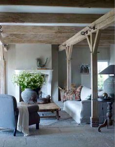 Modern Country Style: Belgian Style Living Room Click through for details. Modern Country Style, Country Chic, French Country, Country Style Living Room, European Style, Country Decor, Belgian Style, Beautiful Interiors, Home And Living