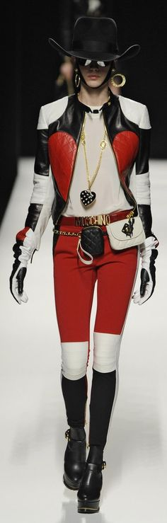 Moschino-Runway-Fall-2012