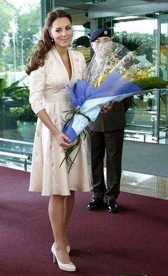 Kate Middleton Wears Jenny Packham
