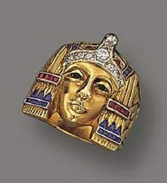 Beautiful early gold revival ring circa 1920s