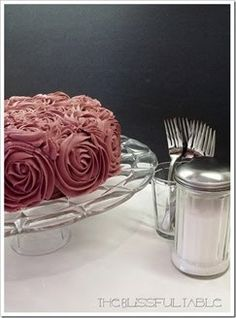 Roses Cake with Vertical Layers