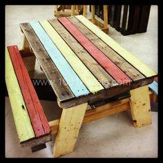 Pallet Kids Picnic Table IMG 2290 Pallet Picnic Table in pallet furniture pallet outdoor pro Old Pallets, Recycled Pallets, Wooden Pallets, Recycled Wood, Pallet Wood, Wooden Pallet Ideas, Repurposed, Free Pallets, Pallet Boards