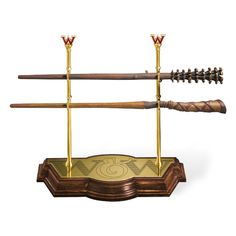 Fred & George Weasley Wand Display Stand – Harry Potter