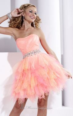 74d53ee2fb0 Love this so much hope I get something like this for my grade 8 grad Cute.  Cute Prom Dresses · Prom Dresses For Sale ...