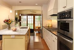 Light and bright Kitchen - contemporary - kitchen - minneapolis - w.b. builders